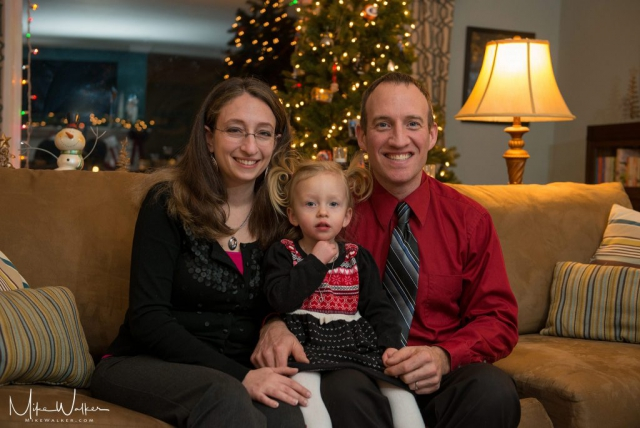 Family portrait for the holidays. Family photography by Mike Walker.